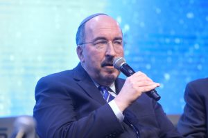 """ד""""ר דורי גולד על יחסי ישראל ומדינות המפרץ // צילום: טוויטר INSS"""