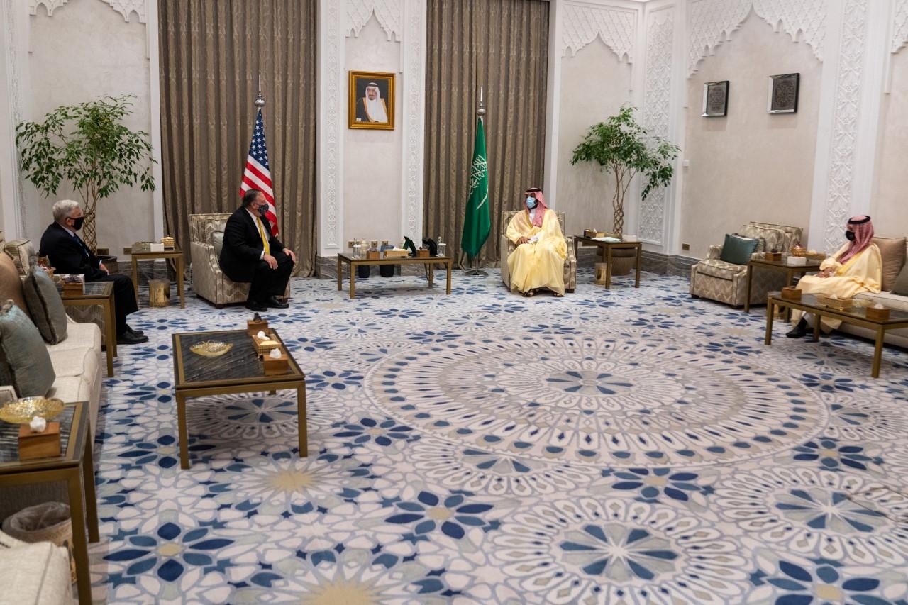 מזכיר המדינה מייק פומפאו בפגישה בערב הסעודית // מקור: סטייט דיפרטמנט