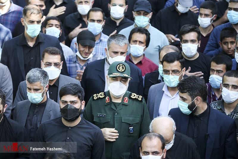 הגנרל חוסין סלאמי, המפקד העליון של המשמרות בטקס הלווית ההרוגים בסוריה ב-6.6.2021 בטהראן. התמונה: סוכנות מיזאן, טהראן