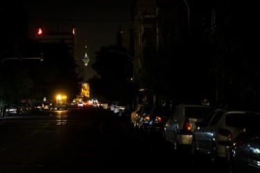 רחובות של טהראן, יום א' 4.7, התמונות מסוכנות פארס, איראן